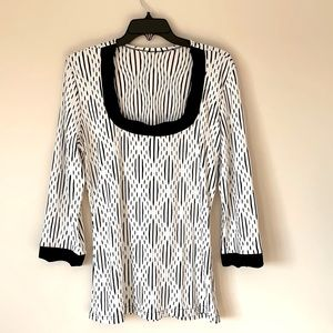 Made in France Black & White Large Stretchy Knit